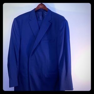 Men's 50L Cremieux blue suit and pants.